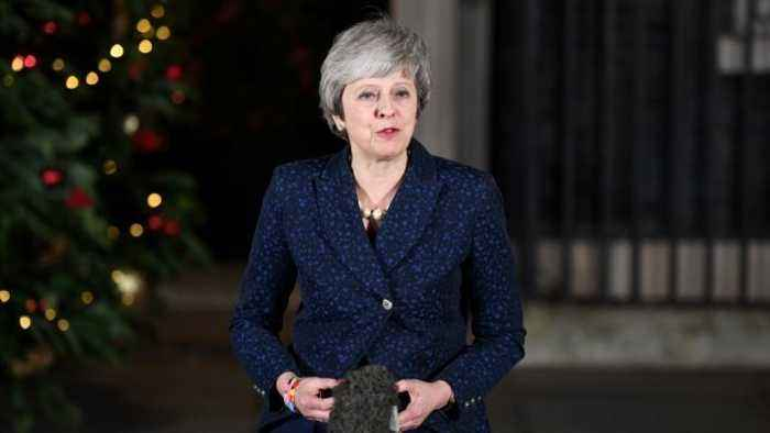 May To Ask EU Leaders To Commit To Temporary Irish Backstop