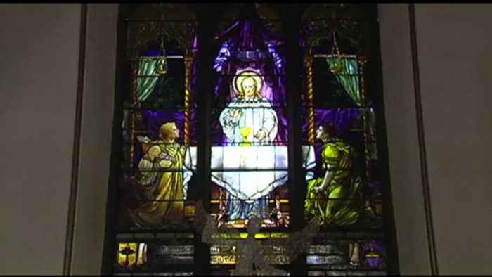VIDEO: Church windows threatened over building project