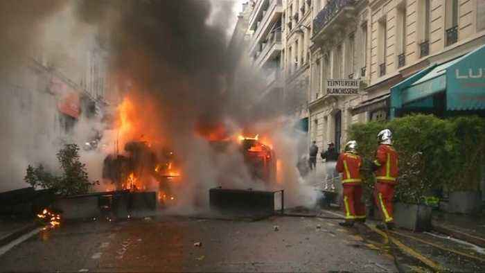 Paris braces for fifth weekend of protests over economic inequality