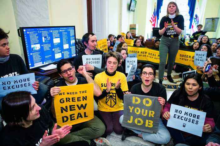 Democrats Need the Green New Deal if They Want the White House: Justice Democrats