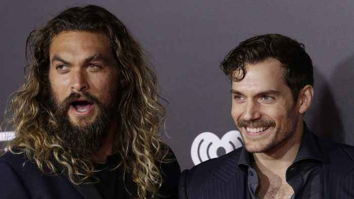Henry Cavill Post Hilarious Shout Out To Jason Momoa For Aquaman Success