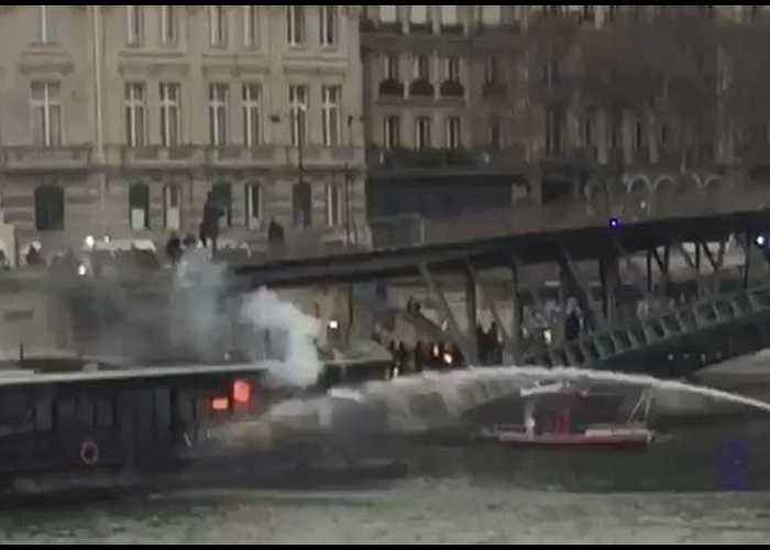 Barge Fire Extinguished As Protests Rage in Paris