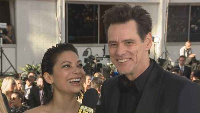 Jim Carrey Gushes Over New GF Ginger Gonzaga at the 2019 Golden Globes (Exclusive)