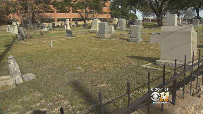 Funeral Homes, Medical Examiners Report Delays In Getting Texas Death Certificates