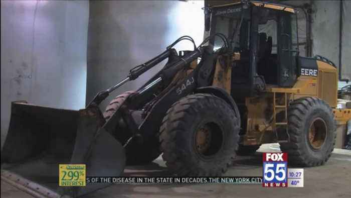 Calm winter having an impact on businesses and city crews