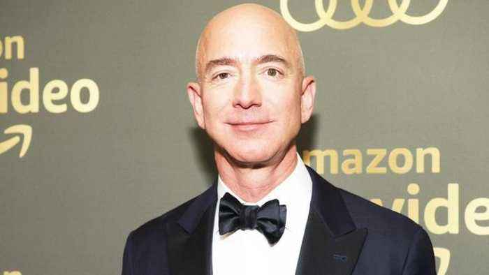Is Amazon CEO Jeff Bezos Dating a Former News Anchor?
