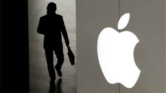 Apple Suppliers Asked To Reduce iPhone Production...Again