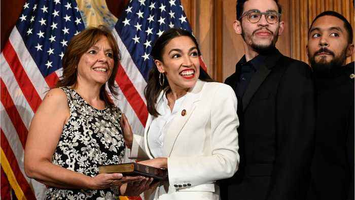 Alexandria Ocasio-Cortez's Team Publicly Feuds With Democratic Lawmakers After They Criticized Her Tactics