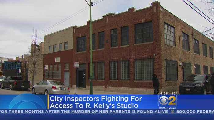 City Attorneys Fight For Access To R. Kelly's Recording Studio