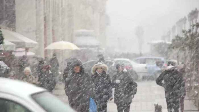 Heavy snowstorm blankets parts of Greece