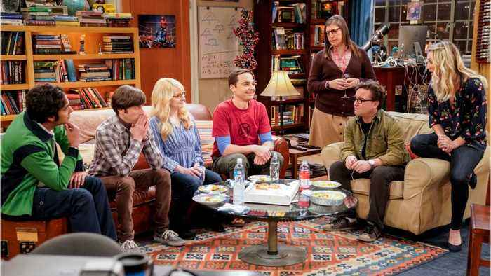 The Big Bang Theory Cast to Honor Creator Chuck Lorre