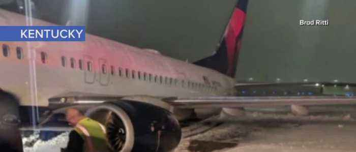 Plane from Vegas slides off runway