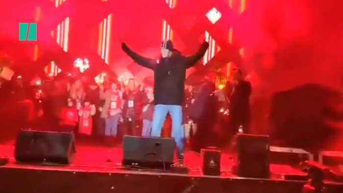 Polish Mayor Stabbed On Stage At Charity Event