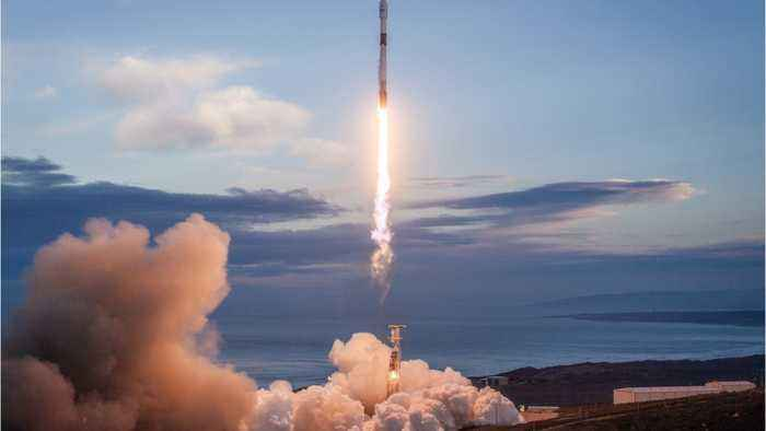 Musk's SpaceX Will Layoff Ten Percent Of Its Workforce