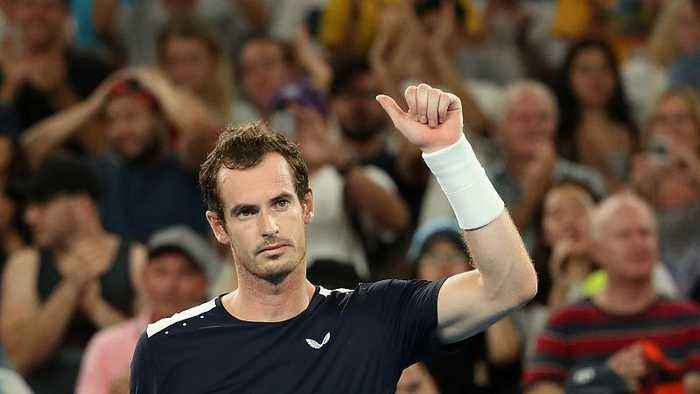 Tennis superstars pay collective tribute to Britain's Andy Murray
