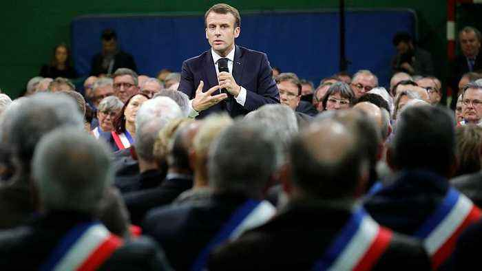 Macron says some poor people 'muck about' ahead of first national debate