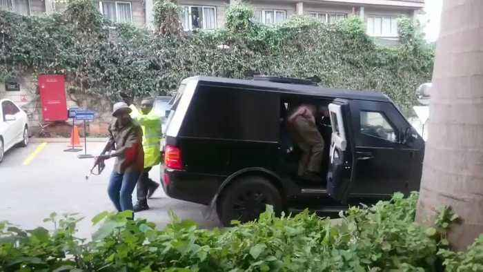 Armed Police Respond to Attack on Nairobi Hotel