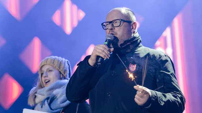 Polish Mayor Pawel Adamowicz Dies After Being Stabbed at a Charity Event