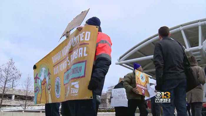 BWI Workers Rally To Protest Shutdown In Solidarity With TSA Workers