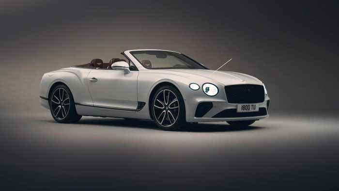 Bentley Continental GT Convertible - Exterior and Technology Graphical Overlay