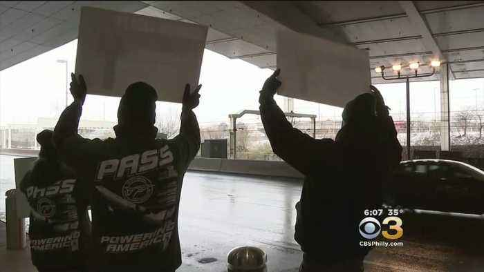 Furloughed Government Employees Expected To Hold Rally At Philadelphia International Airport Saturday