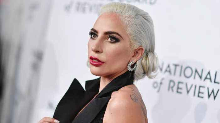 Lady Gaga Addresses Government Shutdown, Calls Out Trump and Pence During Vegas Show | Billboard News