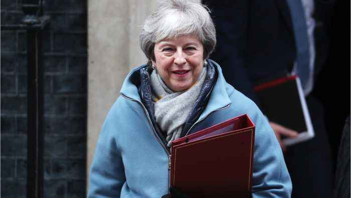 UK's Labour Seeks to Force May to Rule Out No-Deal Brexit