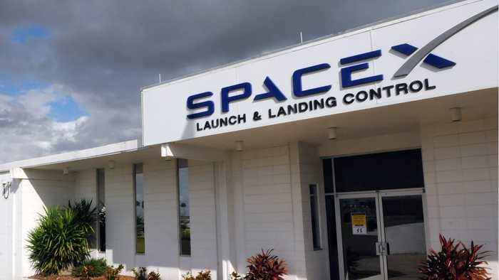 SpaceX To Lay Off 755 Positions In LA Headquarters