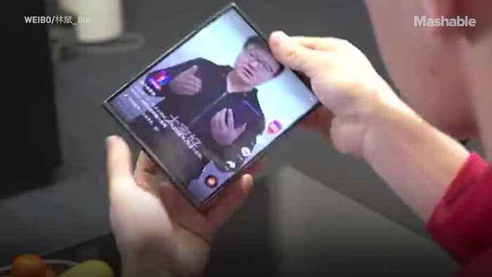 Xiaomi's flexible phone is real and puts Samsung and Royole to shame