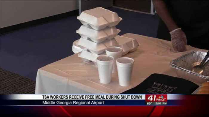 Houston County Restaurant provides free meal to Macon Regional Airport TSA workers during gov shut d
