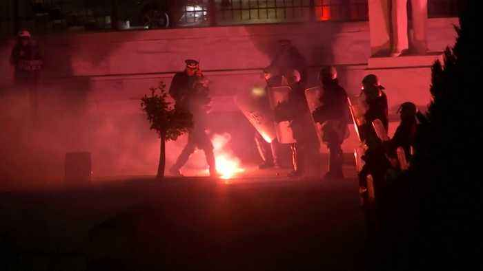 Protesters and police clash outside Greek parliament over Macedonia name
