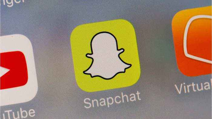 Snapchat Considers Non-Disappearing Snap Feature