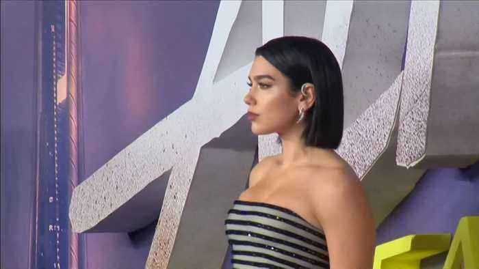 Dua Lipa 'would love to do Bond'