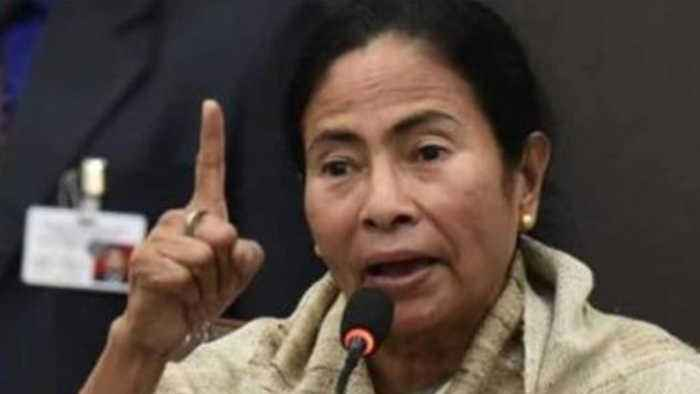 West Bengal CM Mamata Banerjee attends Police Medal Programme | Oneindia News