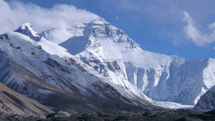 Report: One-third of Himalayan Ice Will Melt by End of 2100