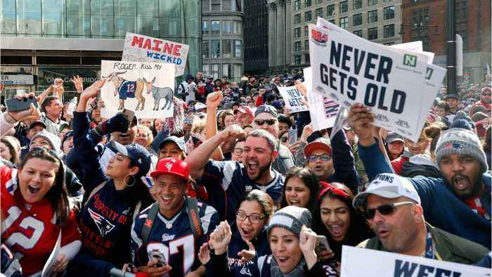 Patriots Fans Line Boylston Street For Championship Parade