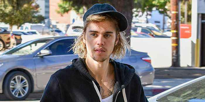 Justin Bieber 'Receiving Treatment' For Depression Months After Courthouse Wedding With Hailey Baldwin