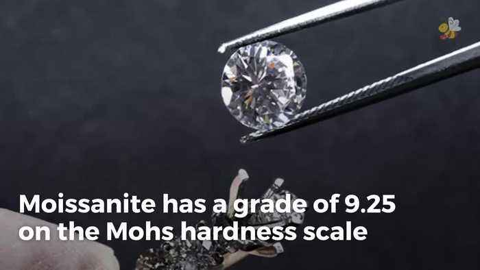 Moissanite vs Diamond Rings