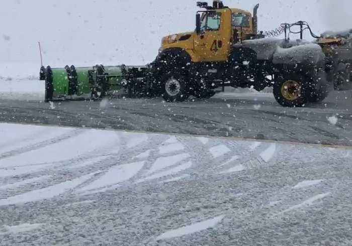Seattle Airport Sends in the Big Machines to Clear Deep Snow from Runways