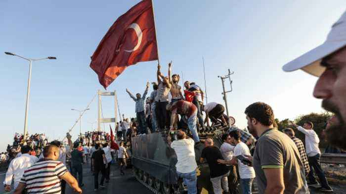 Turkey Arrests People Possibly Linked to 2016 Failed Coup