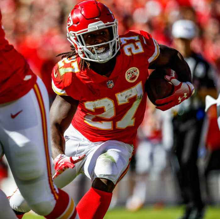 Kareem Hunt Signs With the Cleveland Browns