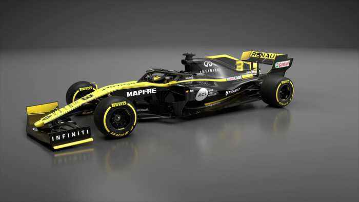 Renault F1 Team aims to maintain strong momentum - 2019 Video 360º of Renault R.S.19