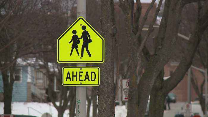 5th-Grader Fights Off Man with Bag of Candy During Attempted Abduction