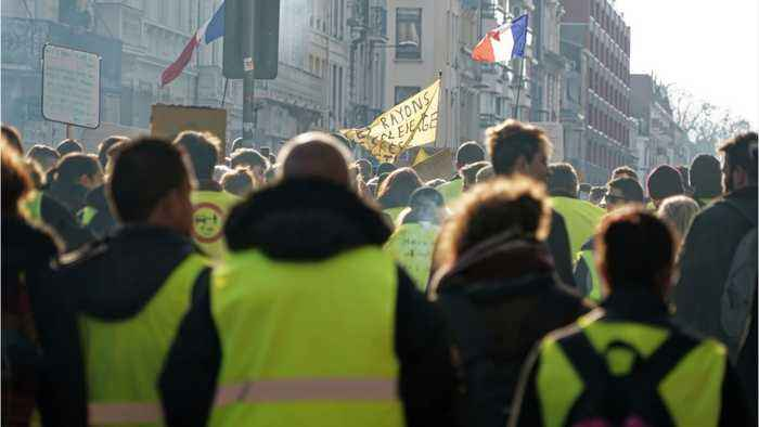 'Yellow Vest' Protests Continue In France For The 14th Consecutive Week