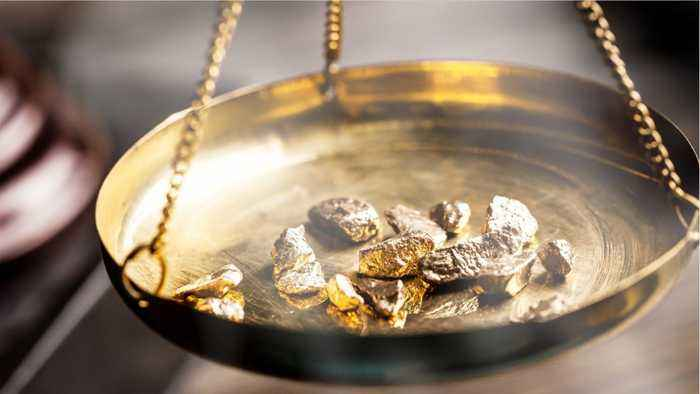Price Of Gold Rises To 10 Month High