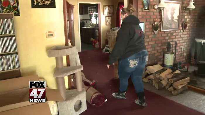 Woman returns home after ice jams: 'We don't know what to do'