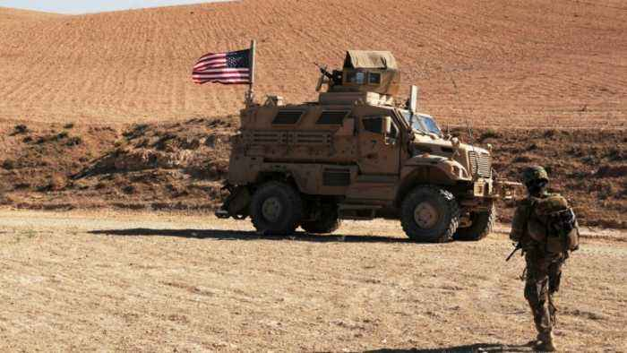 White House Says It Will Keep 200 Troops in Syria