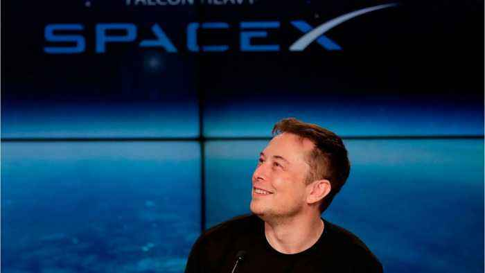 Elon Musk's SpaceX Heads To The Moon