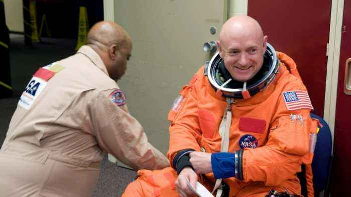 Retired NASA Astronaut Mark Kelly Kicks Off US Senate Run