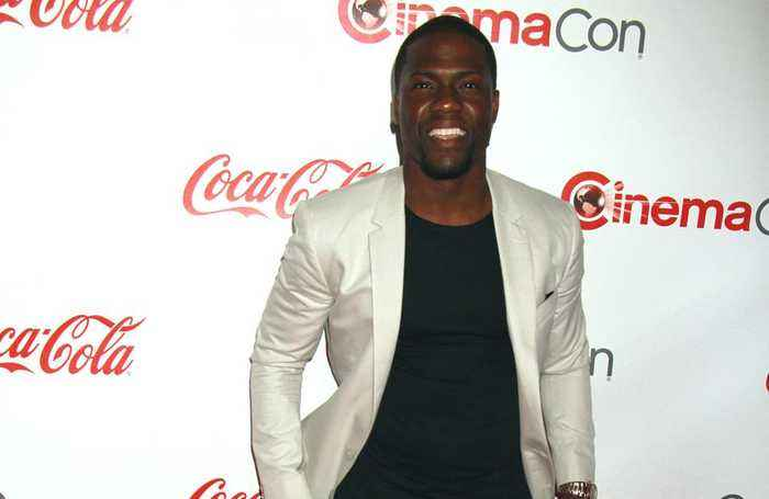 Kevin Hart chooses boxing over Oscars